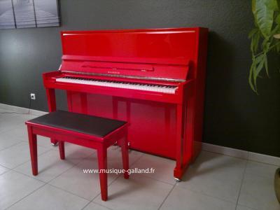 SAMICK piano droit HARMONIE 118cm Rouge + banquette skai