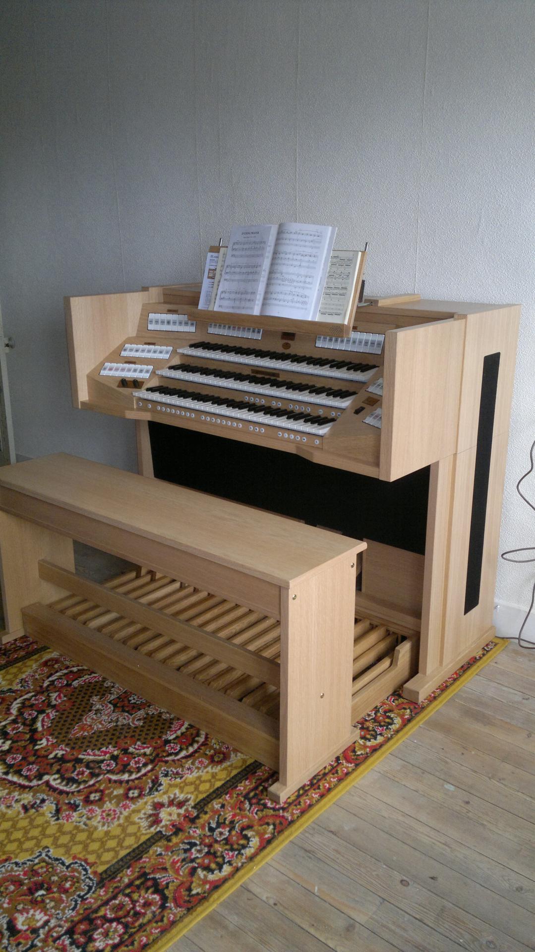 Vivaldi 350 chêne clair