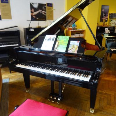 Piano à queue SCHIMMEL C169T TRADITION noir brillant (Disponible)
