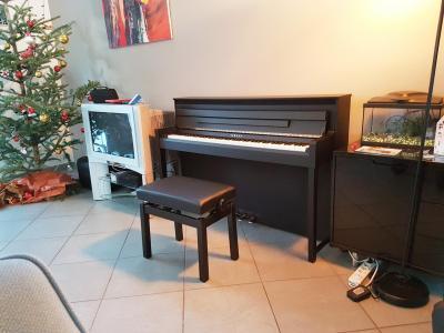 clp. Black Bedroom Furniture Sets. Home Design Ideas
