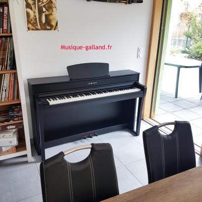 LOCATION d'un piano numérique neuf YAMAHA Clavinova CLP-735-B