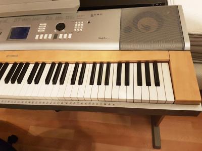 YAMAHA occasion piano arrangeur DGX-620 noir