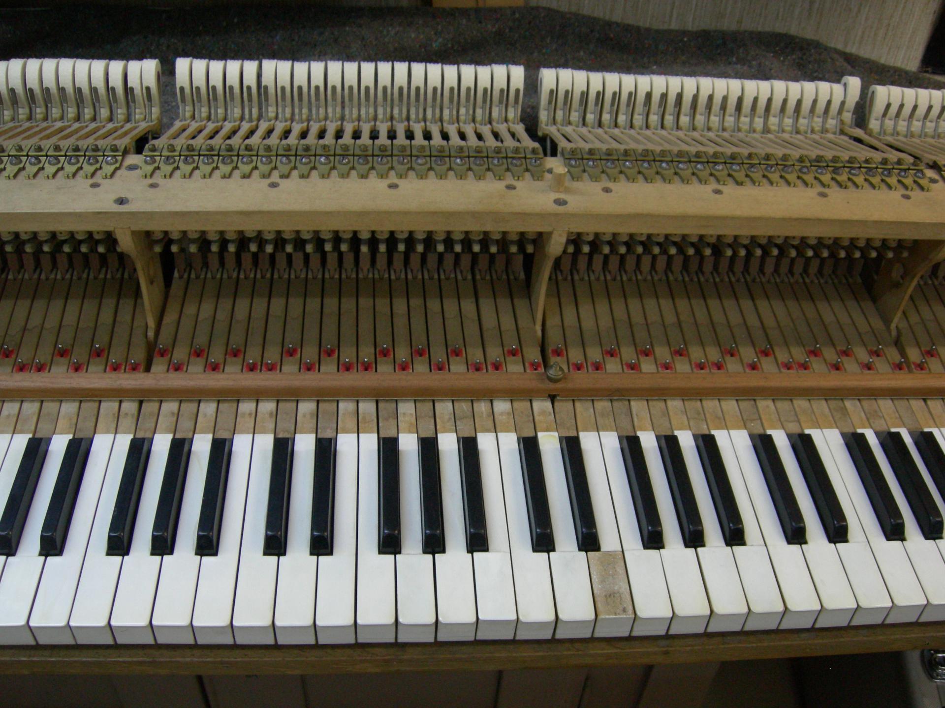 Erardbo clavier avant