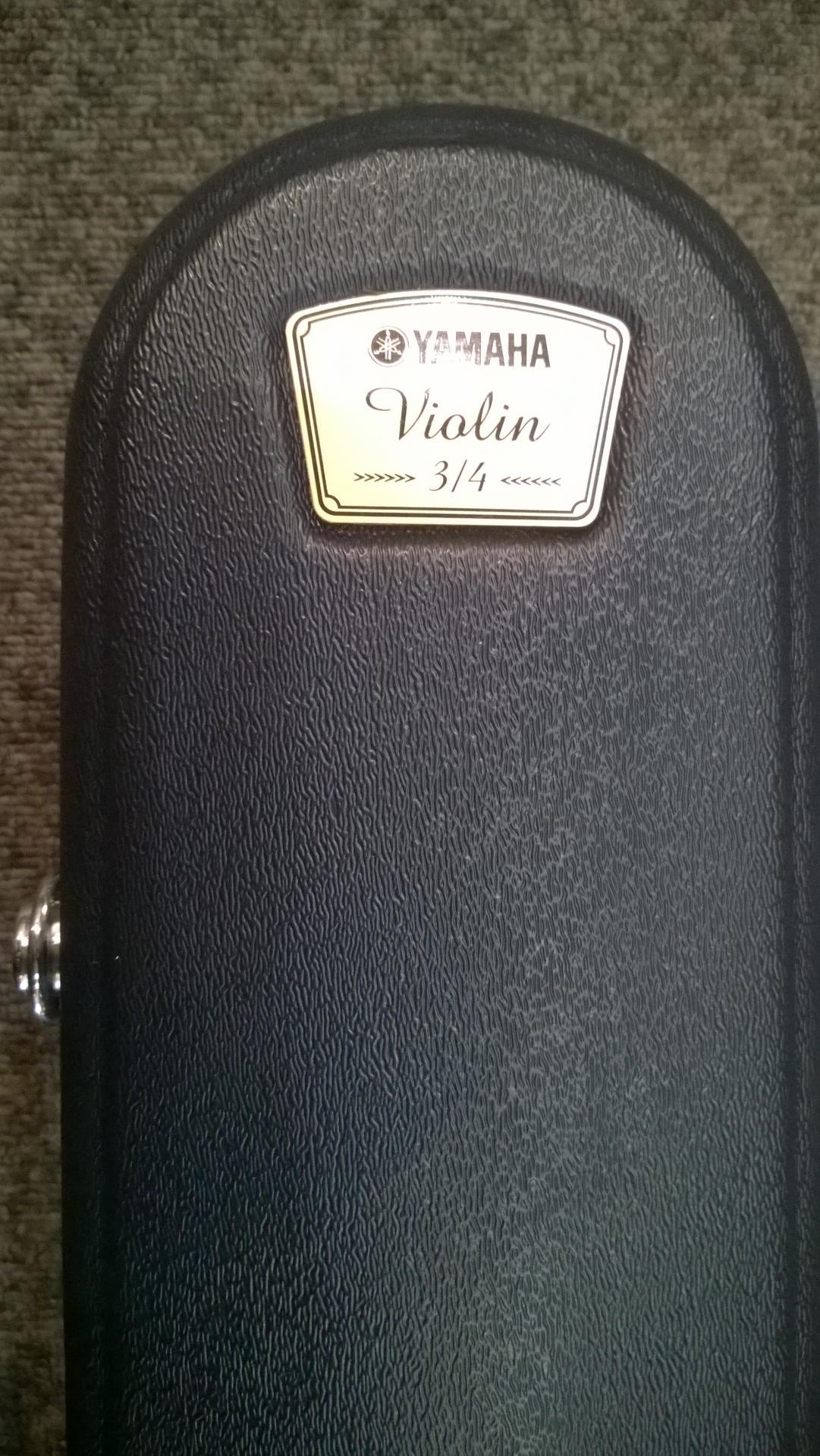 Etui 3 4 yamaha