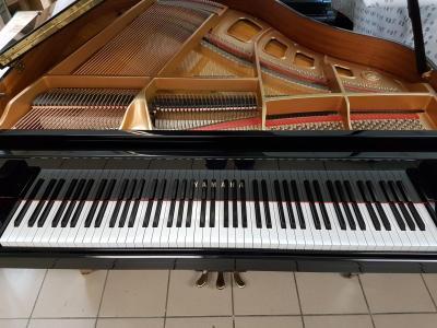 Petit piano à queue  151 CM d'occasion GA1 YAMAHA Japon
