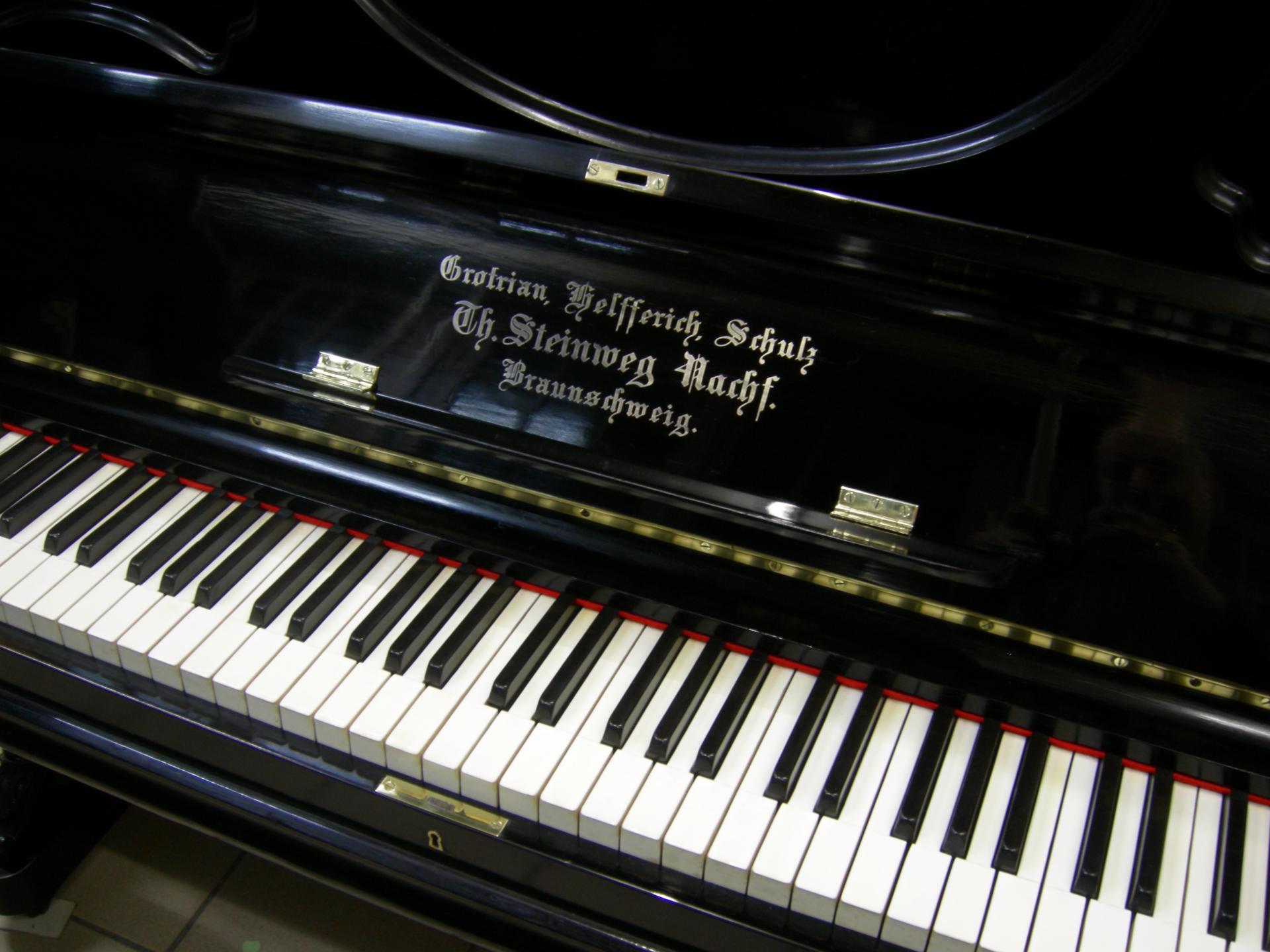 Grotrian helferich clavier apres