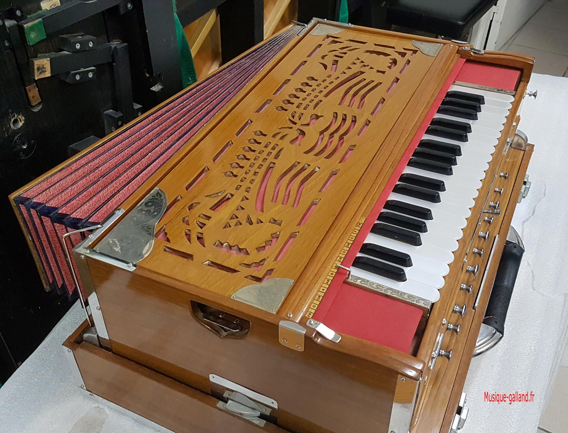 Harmonium port ind 11
