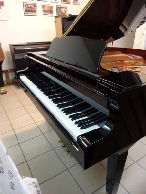 KEMBLE KC151PE piano à queue  151cm fabriqué par YAMAHA