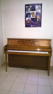 Piano droit KIMBALL d'occasion ( Fabrication USA )