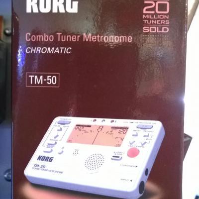 ACCORDEUR-METRONOME Chromatique TM-50-PW blanc  KORG