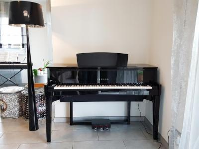 YAMAHA N1X noir brillant HYBRIDE avec mécanique piano à queue (Disponible)