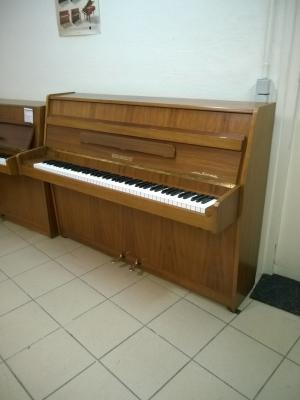 Piano droit d'occasion 112 cm NIENDORF noyer satiné