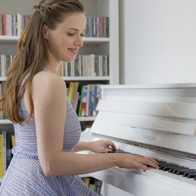 YAMAHA NU1X-PWH blanc brillant numérique Hybride avec mécanique piano droit