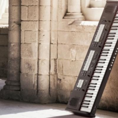 JOHANNUS -ONE  orgue classique portable classique  de 80 jeux 76 notes /14 Kg (Disponible à Mulhouse)