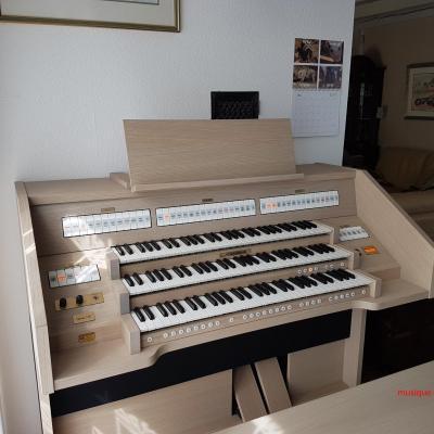 OPUS 355 JOHANNUS orgue d'étude 3 claviers - Chêne crème