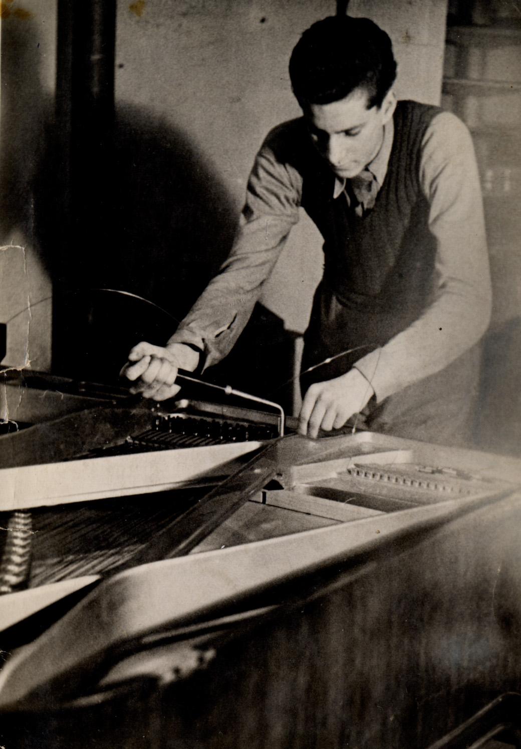 Paul montage cordes piano a queue