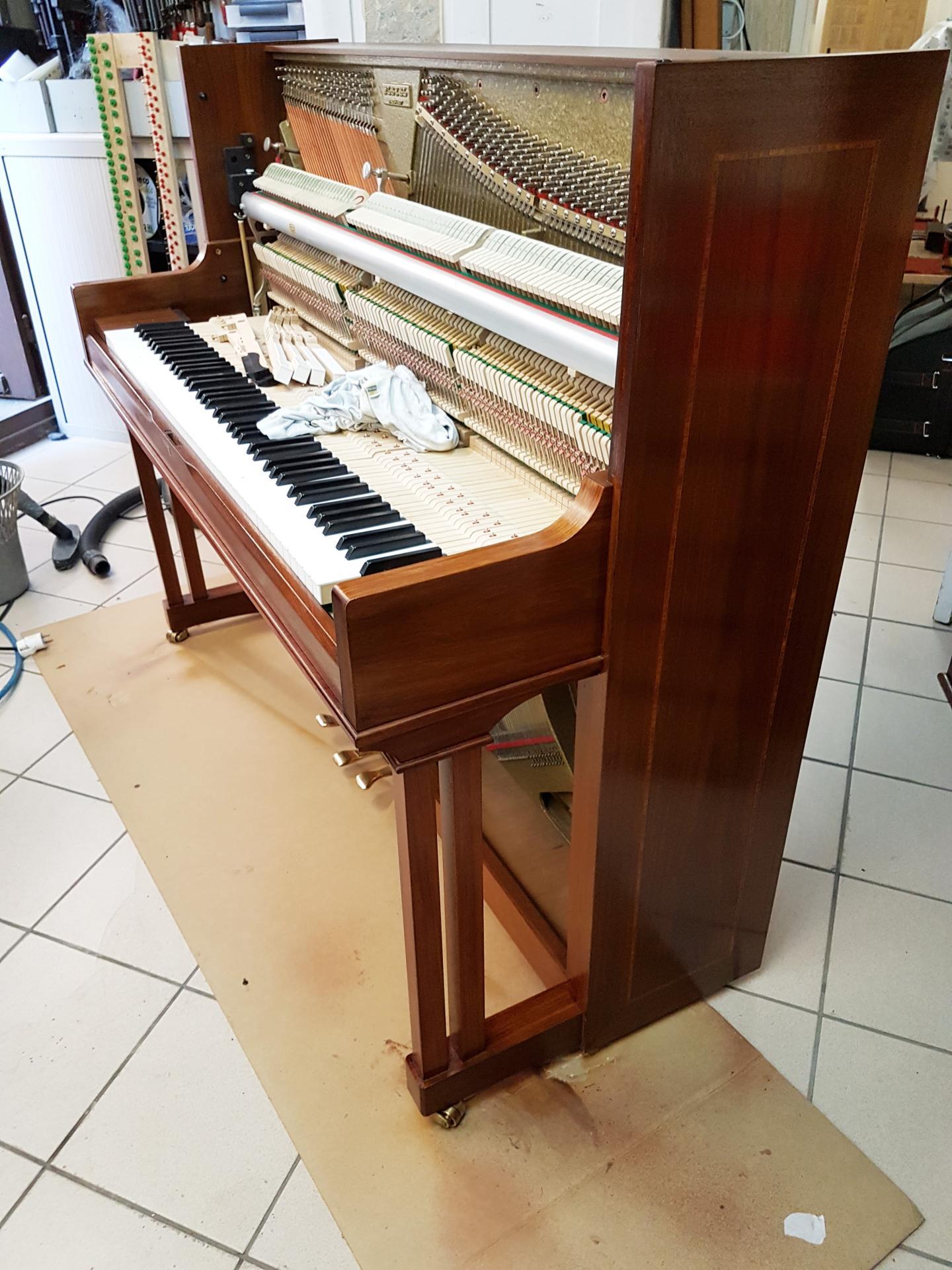 Pleyel 124 noyer marquete 2