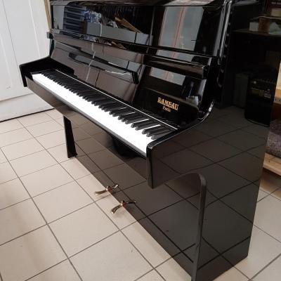 LOCATION d'un piano droit RAMEAU noir brillant