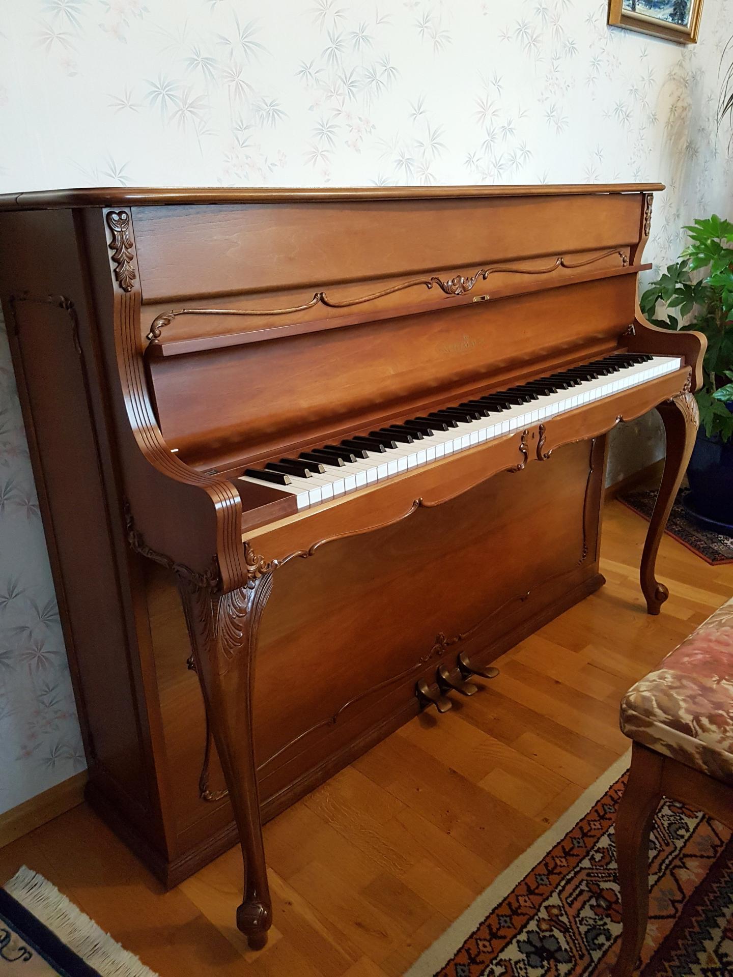 schimmel piano droit d 39 occasion louis xv baroque. Black Bedroom Furniture Sets. Home Design Ideas