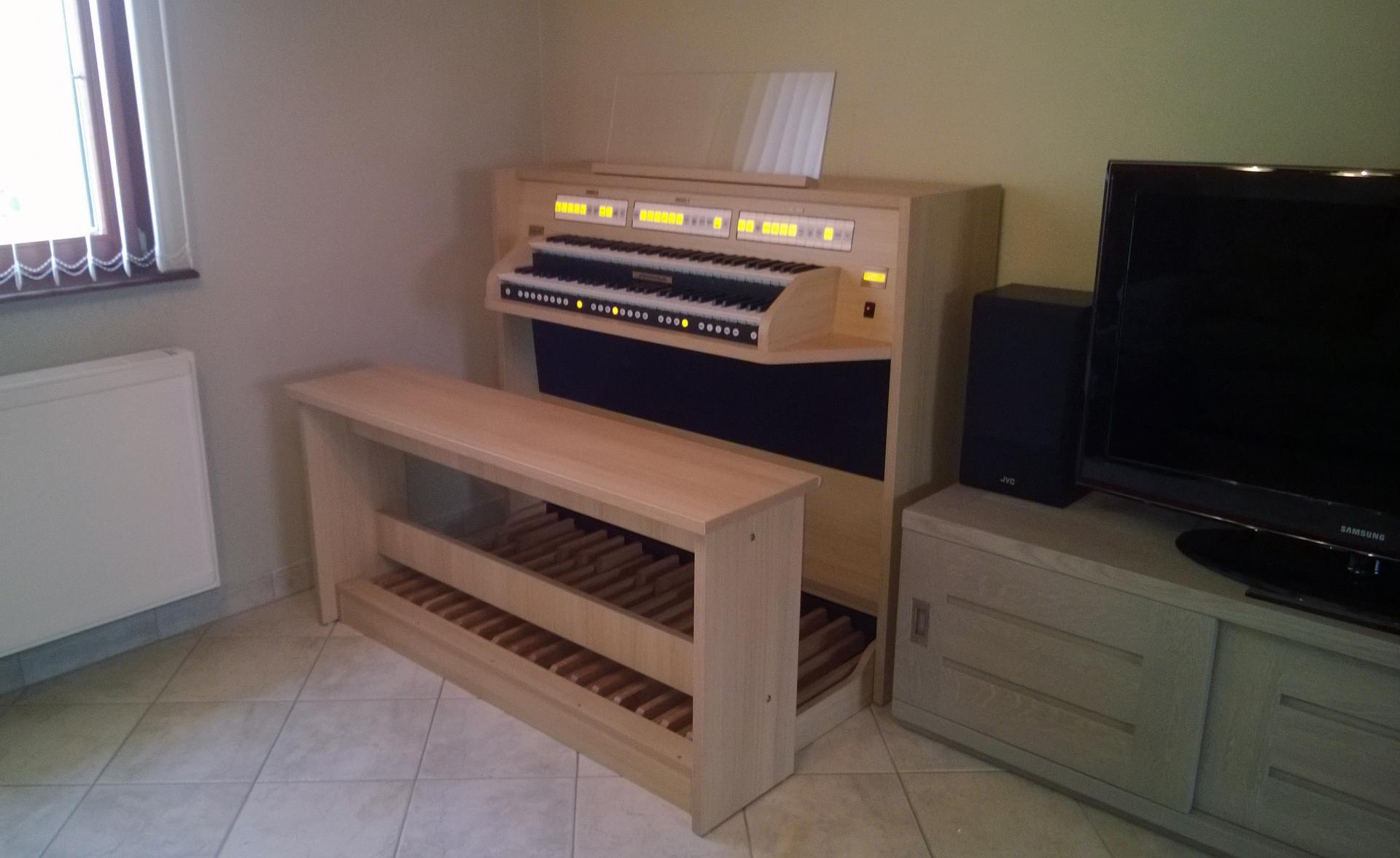 Studio 150 be