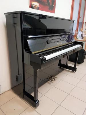 LOCATION d'un piano droit 121cm U1 YAMAHA JAPON occasion