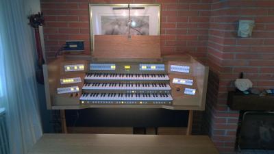 VIVALDI 350 JOHANNUS orgue d'interprétation en chêne foncé