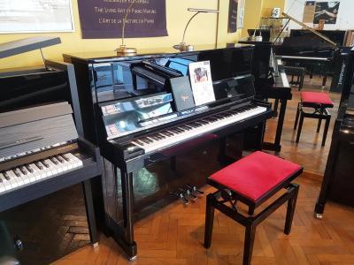 WILH.STEINBERG piano droit neuf  P121-E Désign CHROME