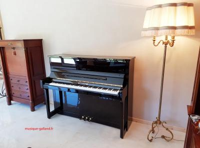 WILHELM piano droit W118 Tradition