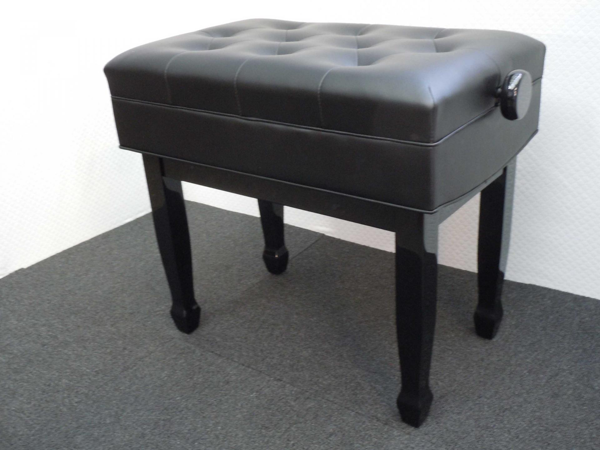 banquettes et si ges de haute qualit pour pianos. Black Bedroom Furniture Sets. Home Design Ideas
